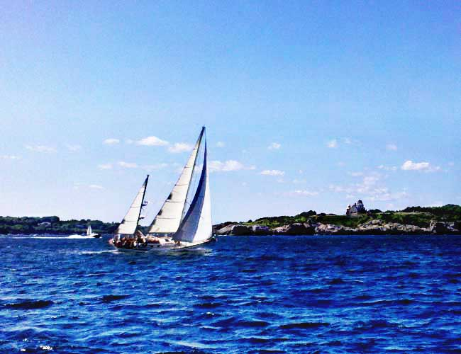Private sail boat tour from Newport, RI in Narragansett Bay